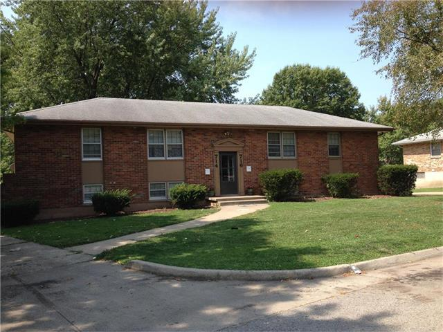 714 NW Mock Avenue, Blue Springs, MO 64015 (#2063158) :: Select Homes - Team Real Estate