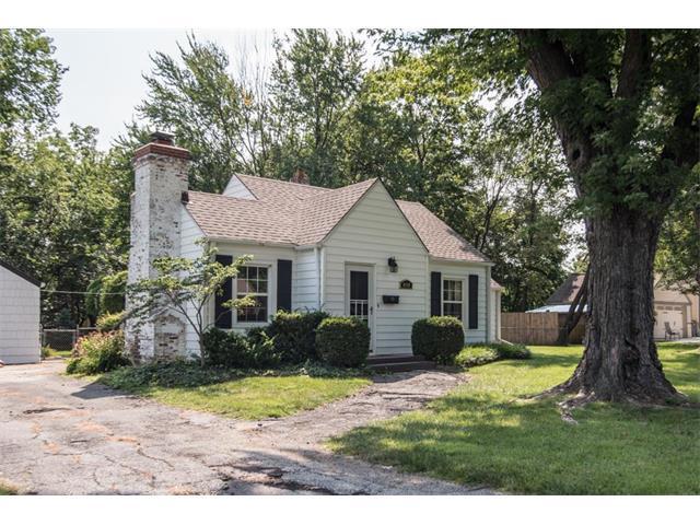 8149 Craig Street, Overland Park, KS 66204 (#2063241) :: Select Homes - Team Real Estate