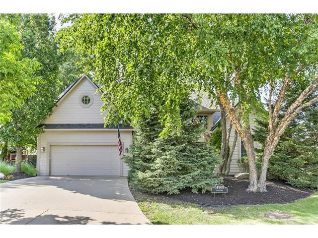 14908 Glenwood Avenue, Overland Park, KS 66223 (#2063275) :: The Shannon Lyon Group - Keller Williams Realty Partners