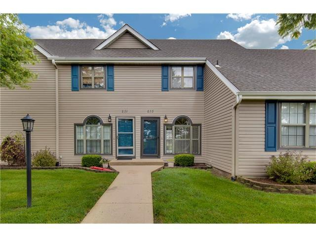 233 Stonebridge Lane, Smithville, MO 64089 (#2064328) :: Tradition Home Group