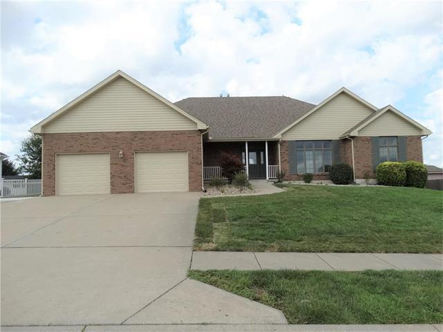 202 E 21st Street, Kearney, MO 64060 (#2064368) :: Tradition Home Group