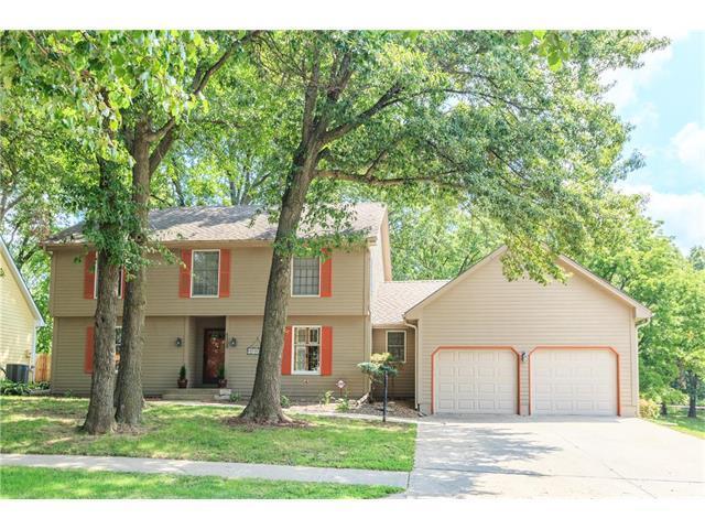 6305 Vernon Court, Kansas City, MO 64133 (#2064399) :: The Shannon Lyon Group - Keller Williams Realty Partners