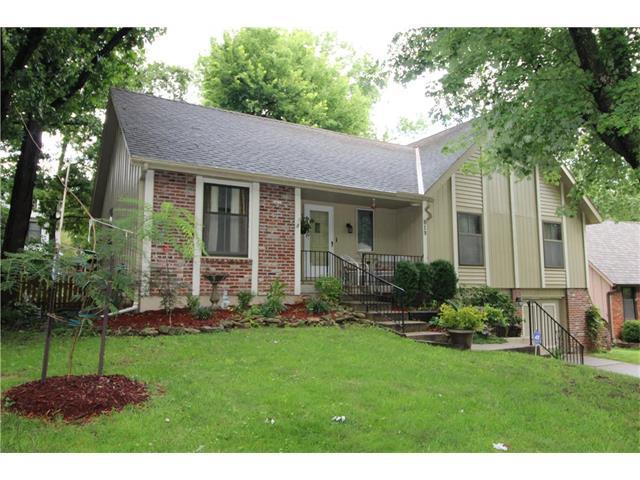 619 Lancelot Drive, Liberty, MO 64068 (#2064452) :: Tradition Home Group