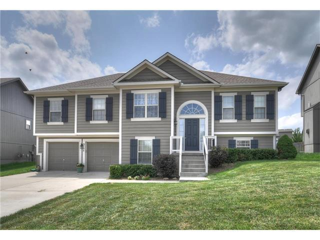 9704 N Donnelly Avenue, Kansas City, MO 64157 (#2064487) :: Tradition Home Group