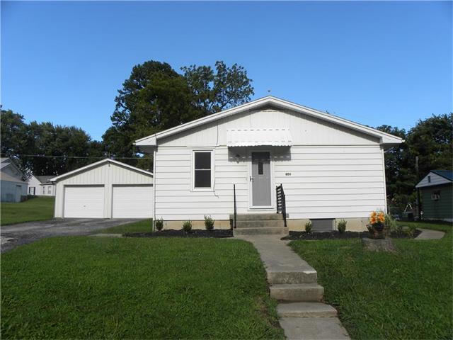 604 Maple Street, Wellington, MO 64097 (#2064626) :: Edie Waters Team