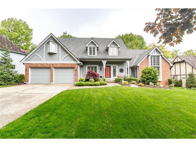 12712 Cherokee Lane, Leawood, KS 66209 (#2064638) :: Tradition Home Group