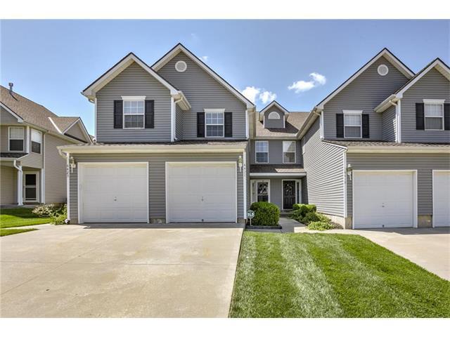 4421 NE 83rd Street, Kansas City, MO 64119 (#2064643) :: Tradition Home Group