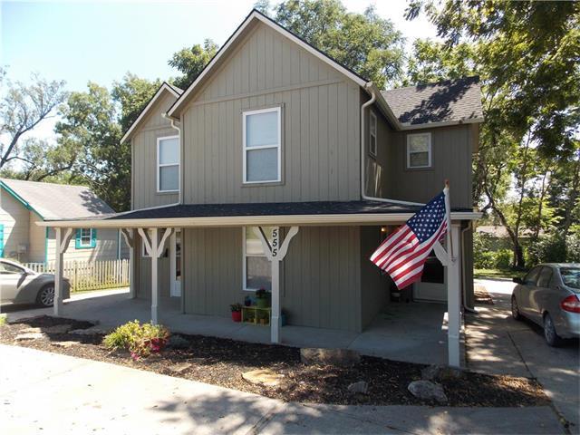 555 E Mill Street, Liberty, MO 64068 (#2064670) :: Tradition Home Group