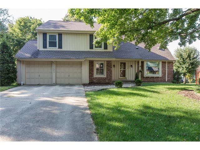 12243 W 104TH Street, Overland Park, KS 66215 (#2064765) :: Tradition Home Group