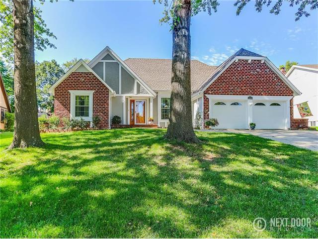 10420 50th Terrace, Shawnee, KS 66203 (#2064787) :: Edie Waters Team