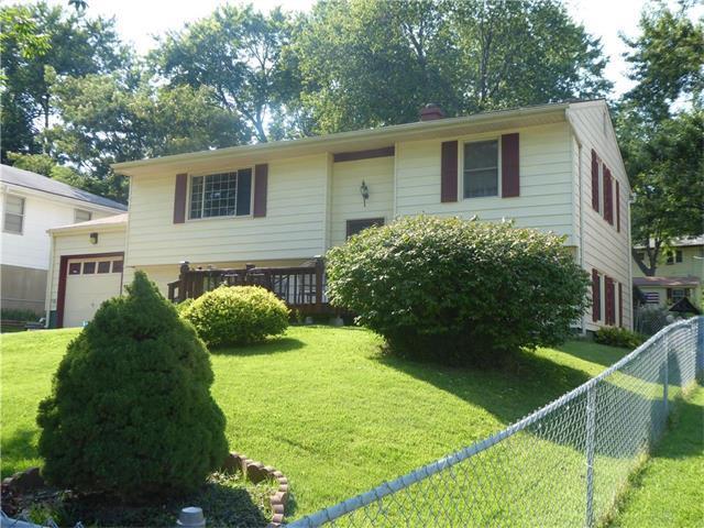 8004 NE 51st Street, Kansas City, MO 64119 (#2064824) :: Tradition Home Group