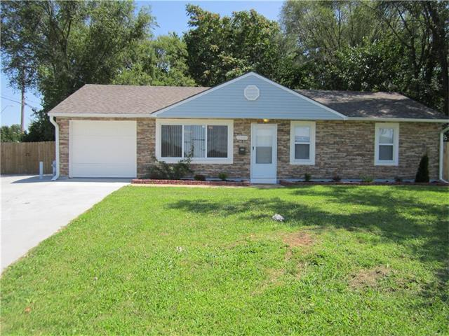 11101 Blue Ridge Boulevard, Kansas City, MO 64134 (#2064848) :: Tradition Home Group