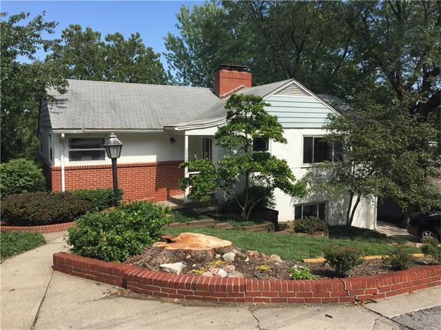 3635 N Briarcliff Road, Kansas City, MO 64116 (#2064859) :: Tradition Home Group