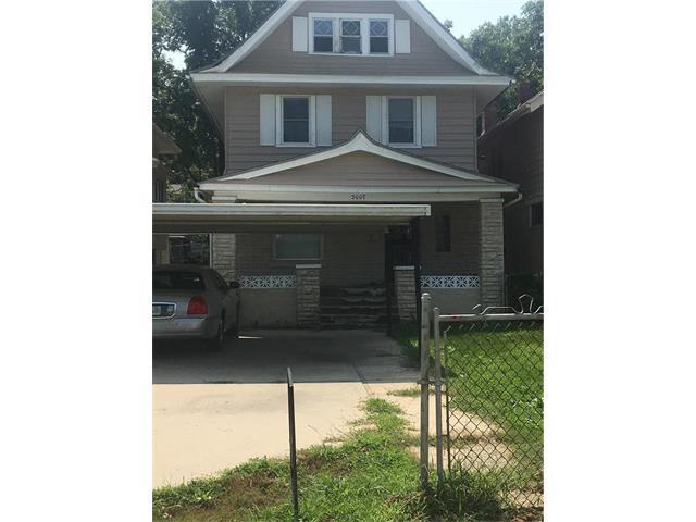 3007 E 27 Street, Kansas City, MO 64127 (#2065245) :: Edie Waters Team