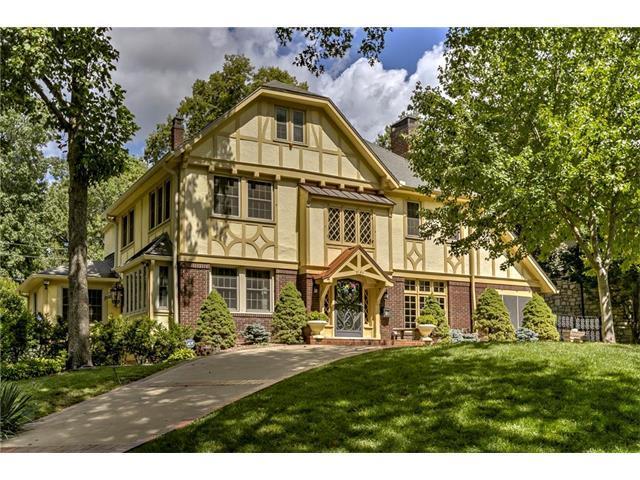 2120 Brookwood Road, Mission Hills, KS 66208 (#2066007) :: Kedish Realty Group at Keller Williams Realty