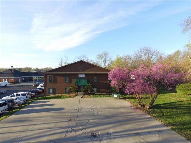 708 NW R D Mize Road, Blue Springs, MO 64015 (#2066146) :: Carrington Real Estate Services