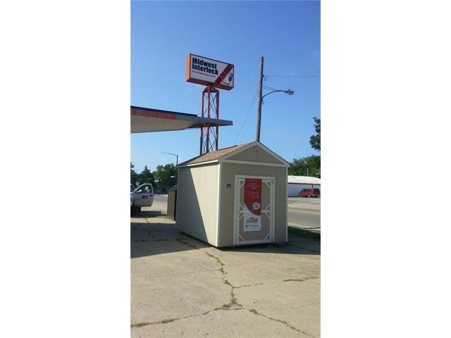 501 S National N/A, Fort Scott, KS 66701 (#2067021) :: Carrington Real Estate Services