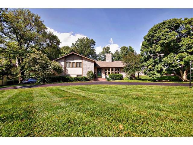 2724 W 63 Street, Mission Hills, KS 66208 (#2067248) :: Kedish Realty Group at Keller Williams Realty