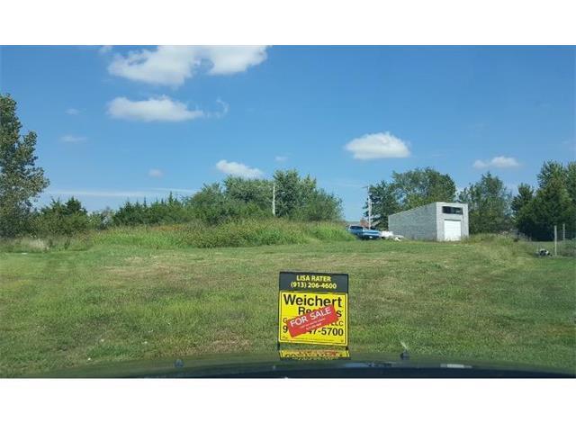 711 Hidden Meadows Court, Paola, KS 66071 (#2068214) :: The Shannon Lyon Group - ReeceNichols