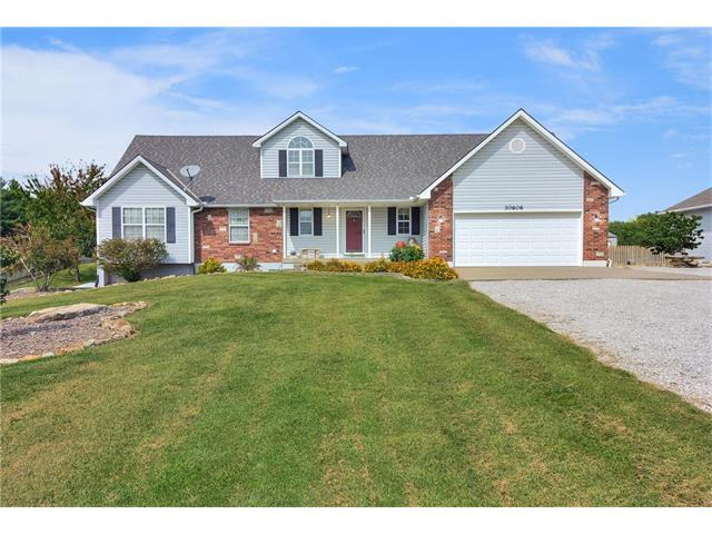 30606 E Pink Hill Road, Grain Valley, MO 64029 (#2069353) :: Team Dunavant