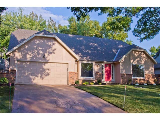 7831 Rene Street, Lenexa, KS 66216 (#2069395) :: NestWork Homes