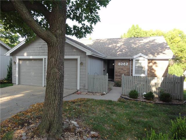 8262 Monrovia Street, Lenexa, KS 66215 (#2069402) :: NestWork Homes