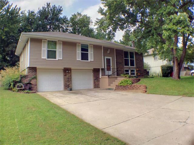 1909 NE 4 Street, Blue Springs, MO 64014 (#2069480) :: NestWork Homes