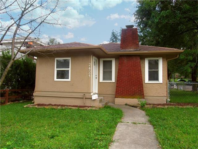 2421 State Avenue, Kansas City, KS 66102 (#2070808) :: NestWork Homes