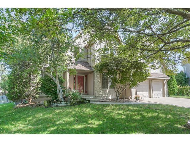 12807 Lucille Street, Overland Park, KS 66213 (#2070830) :: NestWork Homes