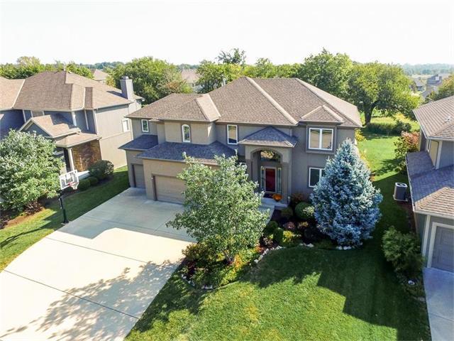 16005 Ballentine Street, Overland Park, KS 66221 (#2070836) :: NestWork Homes