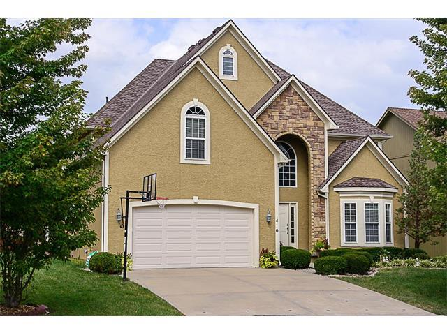 14110 W 138 Place, Olathe, KS 66062 (#2070868) :: NestWork Homes