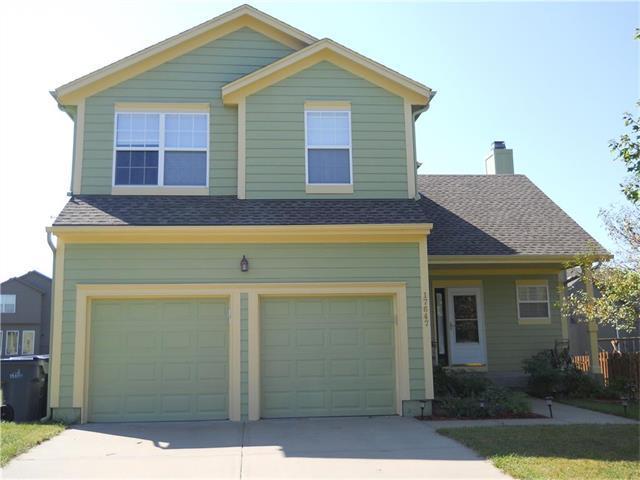17647 W 160th Terrace, Olathe, KS 66062 (#2070876) :: NestWork Homes