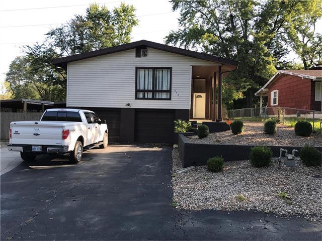 6421 Roswell Avenue, Kansas City, KS 66104 (#2070884) :: NestWork Homes