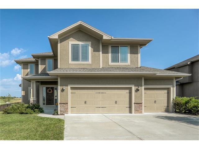 505 SW Eagles Ridge Drive, Blue Springs, MO 64014 (#2070894) :: NestWork Homes