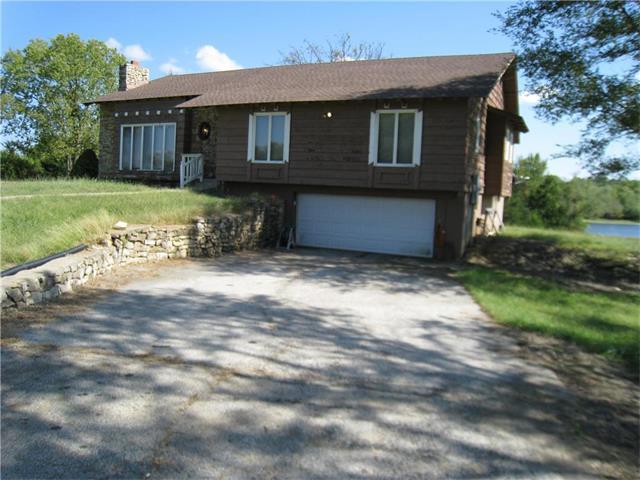 31825 W 135th Street, Olathe, KS 66061 (#2070938) :: NestWork Homes