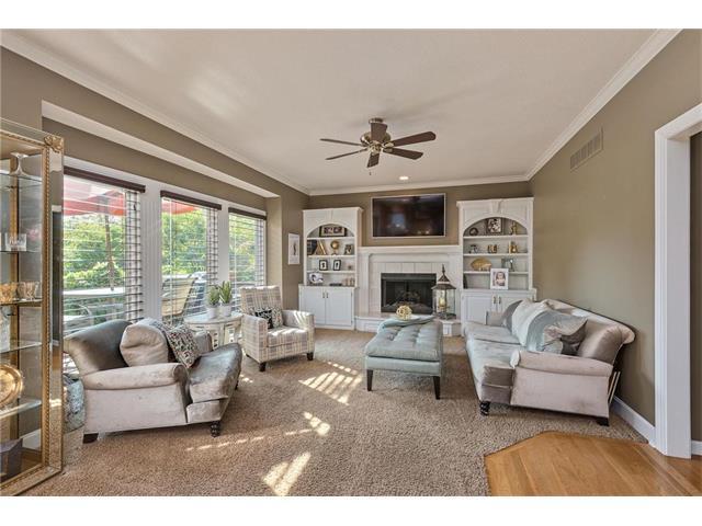 11453 Cody Street, Overland Park, KS 66210 (#2070981) :: Kedish Realty Group at Keller Williams Realty