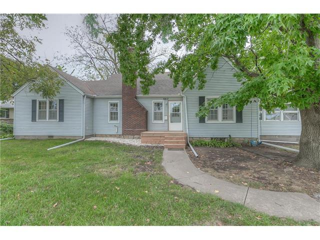 5817 Antioch Road, Merriam, KS 66202 (#2071567) :: Select Homes - Team Real Estate