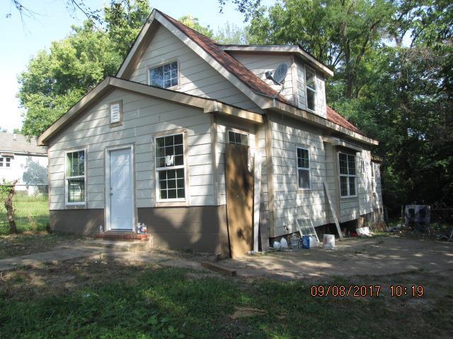 2102 Brown Avenue, Kansas City, KS 66104 (#2071750) :: Edie Waters Team