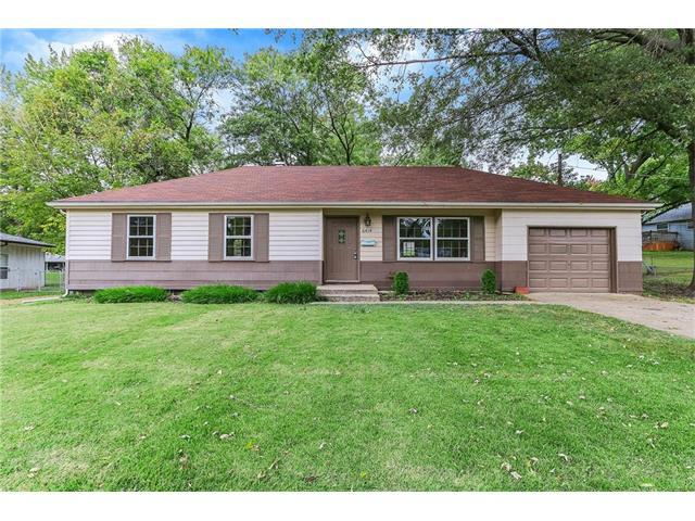 6414 N Walrond Avenue, Gladstone, MO 64119 (#2072660) :: Tradition Home Group