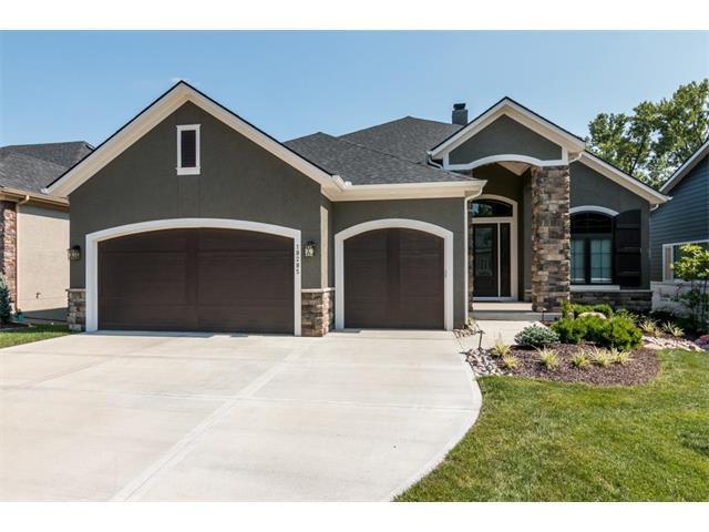 18285 W 94 Street, Lenexa, KS 66219 (#2073007) :: The Shannon Lyon Group - Keller Williams Realty Partners