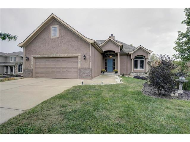 29474 Masters Drive, Louisburg, KS 66053 (#2073070) :: Tradition Home Group