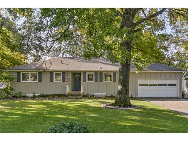 4121 W 54 Terrace, Roeland Park, KS 66205 (#2073594) :: Select Homes - Team Real Estate