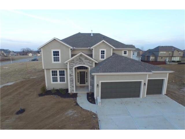 20425 W 107 Terrace, Olathe, KS 66061 (#2074049) :: Edie Waters Team