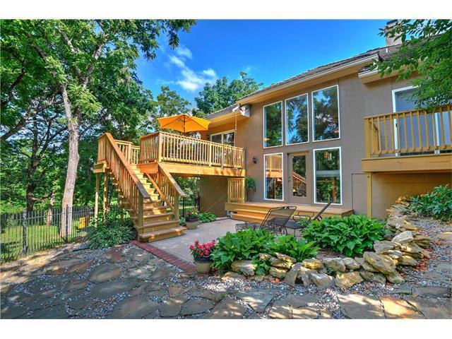 15201 Birch Street, Leawood, KS 66224 (#2074624) :: The Shannon Lyon Group - Keller Williams Realty Partners