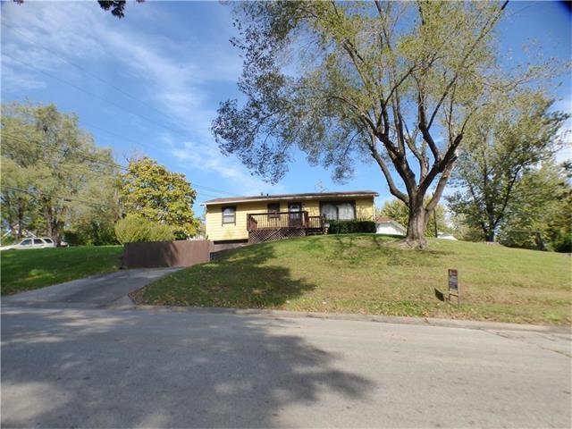1114 Wornall Road, Excelsior Springs, MO 64024 (#2074627) :: Edie Waters Team