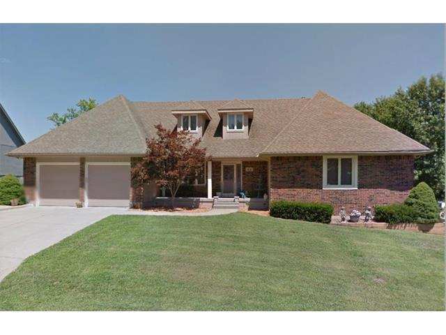 18118 E Fall Drive, Independence, MO 64055 (#2074649) :: Tradition Home Group