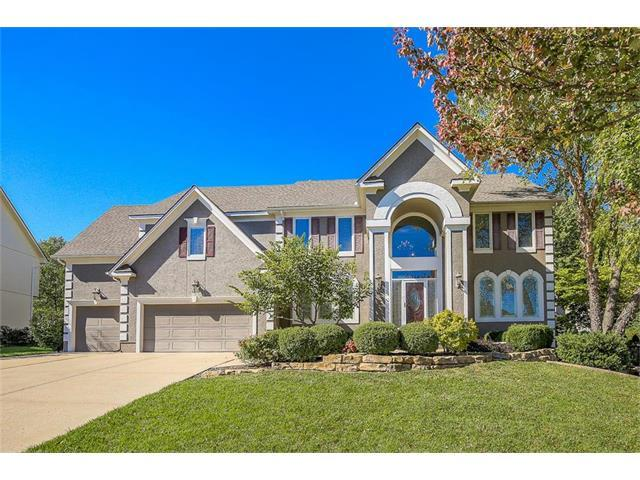 9306 W 146th Place, Overland Park, KS 66221 (#2075731) :: Tradition Home Group