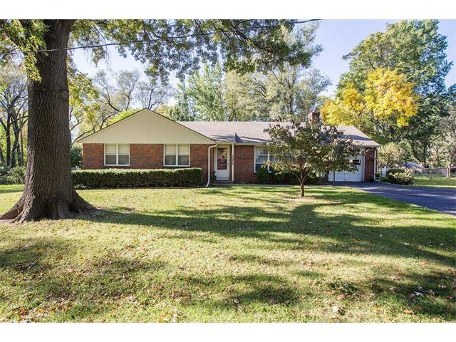 11121 Lecluyse Drive, Shawnee, KS 66203 (#2075769) :: Tradition Home Group