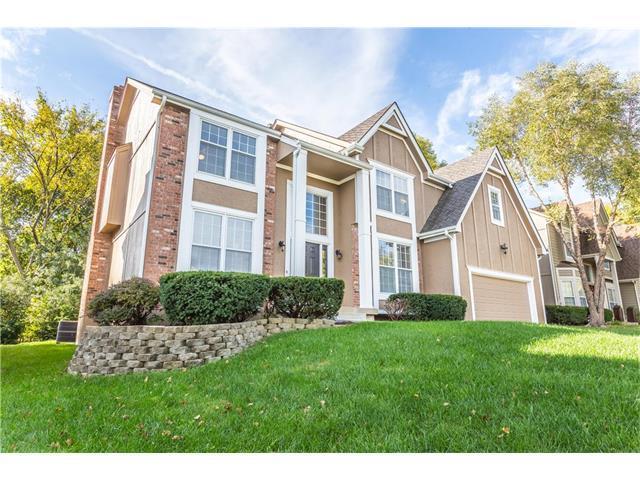 10809 W 128th Terrace, Overland Park, KS 66213 (#2076065) :: The Shannon Lyon Group - Keller Williams Realty Partners