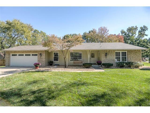 9905 Foster Street, Overland Park, KS 66212 (#2076091) :: Select Homes - Team Real Estate